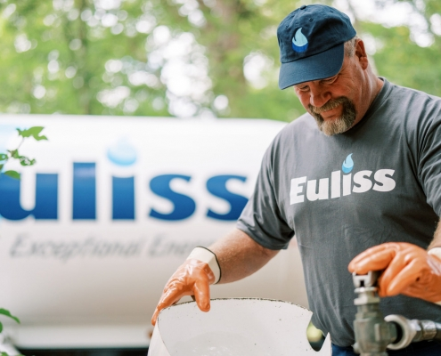 Professional photography of Euliss employee at work